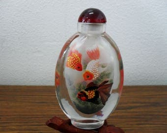 Vintage Asian Chinese Goldfish Koi Reverse Painted Snuff Bottle
