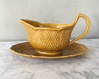 Vintage Bon Vivant French Faience Gravy Boat with Underplate | amber glaze ceramic, made in france, light brown serveware, french tableware