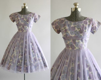 Vintage 1950s Dress / 50s Party Dress / Lilac Floral Party Dress w/ Shelf Bust XS