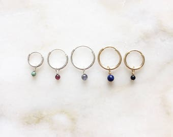Minimalistic creole earring with smooth pebble gemstone charm | Price per piece or per pair | 14k gold filled & sterling silver