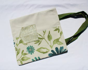 Pastoral Tote with the outer pocket