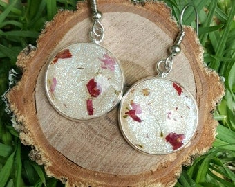 Real flower and eco resin dangle earrings