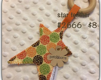 Dotted star teether