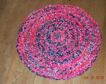 29 inch diameter round crocheted cotton fabric rug - red, blue, pink and white