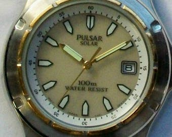 New Pulsar Mens Watch! Date on Dial! Solar Powered! Retired! Hard To Find! Two Tone!