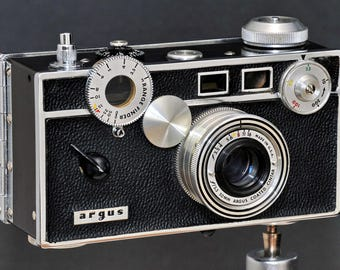 Argus C3 35mm Rangefinder Camera Black Paint Version w 50mm f/3.5 Cintar Lens Collectible NiCE !