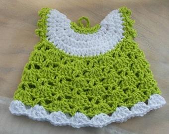 Crochet Potholder, crochet dress potholder, handmade crochet,  100% cotton yarn, kitchen decor, gifts for her, potholder in green