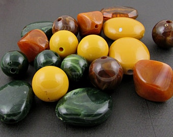 Autumn Bead Mix, Mixed Lot Salvaged Large Plastic Beads, Fall Colors S166