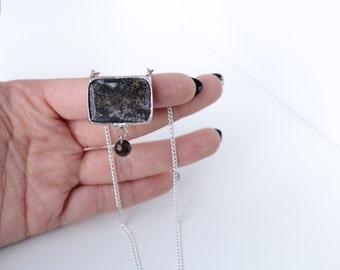 jasper stone necklace with a mahogany pearl