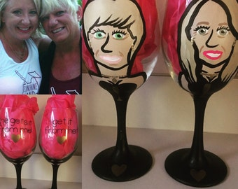 I get it from my mama - I get it from her - She gets it from me - Charicature Wine Glasses for Mother and Daughter Gifts.