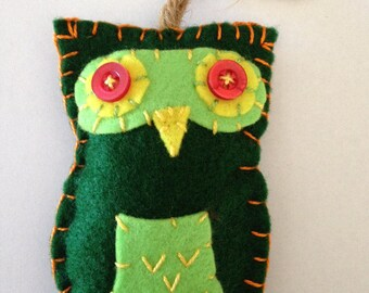 Felt Owl Ornament - Green