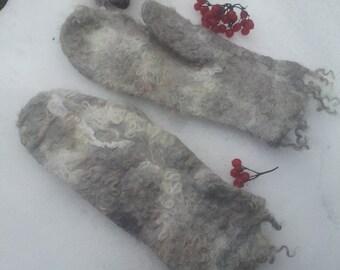 Organic wool felted mittens, Women's felt mittens, Women's winter warm gloves, Wool gloves, Felt floral gloves