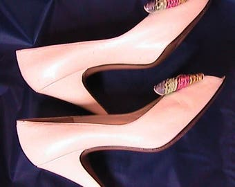 Vintage 8 1/2 M  Bruno Magli White Pumps