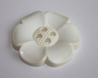 Cream Huge flower button, 65 mm flower button, chunky 4 hole decorative flower cream/ivory color flower, lot of 2 massive flower buttons
