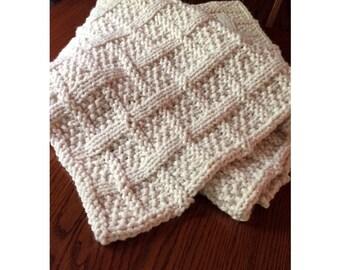 Chunky Knit Blanket - Lattice design - Large