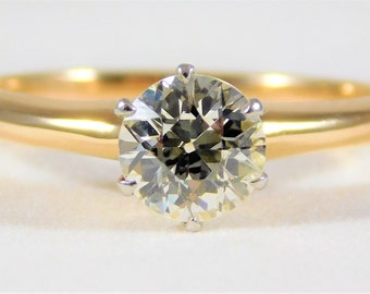 Immaculate Antique 0.94ct Round European-Cut Solitaire Engagement Ring with a Tiffany Style 6 Prong Setting