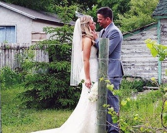 Fingertip Wedding Veil, Raw Edge Bridal Veil, Cut Edge Single Layer Veil, Short Veil, Hip Veil, Ivory Veil, White Ivory Blush Champagne