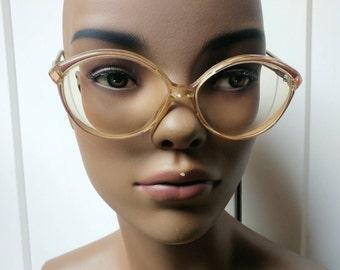 Vintage Essilor glasses frame retro eyewear