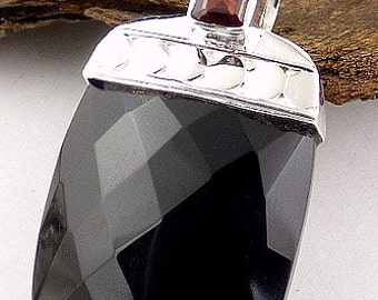 FACETED black ONYX, natural stone pendant, onyx pendant, karmic Purifier JA59