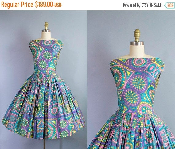 SALE 15% STOREWIDE 1950s novelty print dress/ 50s tribal print cotton sundress/ medium