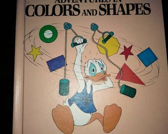 Walt Disney Adventures in colors and shapes book volume 3 Bantam Books fun to learn Library 1984 10.5 inches × 8.25 inches