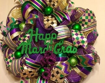 Whimsical Mardi Gras Wreath, Fat Tuesday Decor, Mardi Gras Deco Mesh Wreath, Jester Mask Mardi Gras Wreath, Mardi Gras Decor, Beads Coins