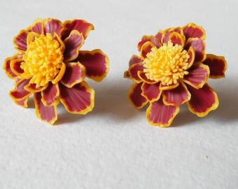 Marigold earrings floral jewelry flower earrings polymer clay jewelry gift for her bright earrings summer flower summer jewelry velvet flowe
