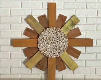 Large Sun Wall Decor, Wood Sun, Sun Sculpture, Seashell Sun, Sunburst Wall Art, Sunshine Wall Art, Rustic Beach Decor, Seashell Art
