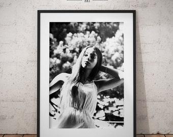 Black & White Print Art. Woman Portrait, Female Photography, Poster Print, Printable Wall Art, Print Home Decor, Instant Digital Download.