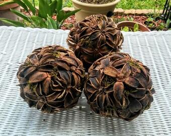 Decorative Balls - Centerpiece Decor- Decorative Globes - Rustic Home Decor - Wedding Decor - Ornaments - Accent Ball - Shabby Chic Decor