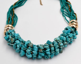 Beautiful necklace made of howlite stone beads and glass beads, Gifts for her, collier de pierres, stones jewelry