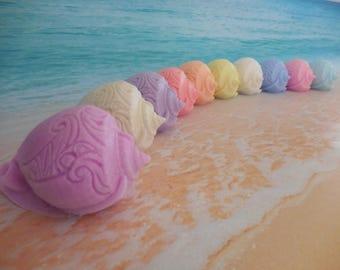 Sea Shell Soap - Conch Soap - Beach Wedding Favor - Shell Soap - Conch Shell Soap - Seashell Glycerin Soap - Nautical Decor - Beach Gift