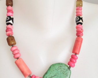 Coral jewellery, Chunky jewellery, Statement necklace, Turquoise necklace, Dze beads necklace, Coral necklace, Tibetan necklace,