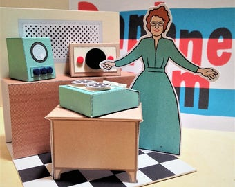 Daphne Oram Card Diorama - Radiophonic Electronica Model Toy