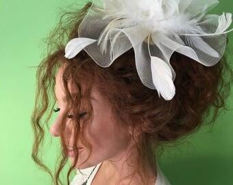 Ivory Wedding Fascinator, Bridal Hat, Fascinator Headband, Wedding Hat, Fascinator with feathers, Tea Party Hat, Kentucky Derby Hat, Hat