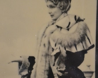 Vintage Photographic Image of Queen Mary of England, by Pyraglass
