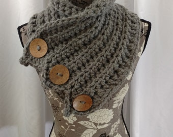 ALPACA Chunky Grey/Gray Three-Button Cowl. Super Soft Alternative to Wool. For Men and Women. Great Gift.