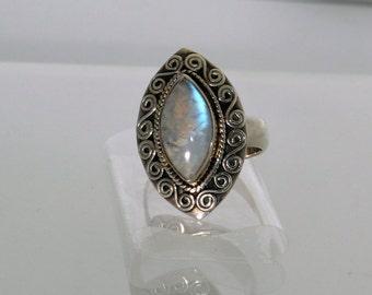 Sterling Silver Blue Moonstone Unique Design 1960s Ring.  Vintage Estate.  Large Ring.  Retro Design   et83