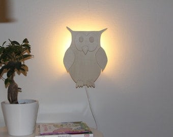 Wall lamp owl, very nice for kids rooms, cheerful hip design!