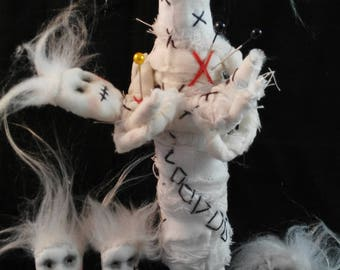 Voodoo Family-art doll-poppets-white-childrens-mother-macabre-OOAK-oddity-freak-witchcraft-magic-goth