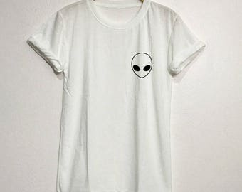Alien Shirt T-Shirt Gifts Funny Graphic Tee Tops Clothing Unisex Adults Size S M L XL