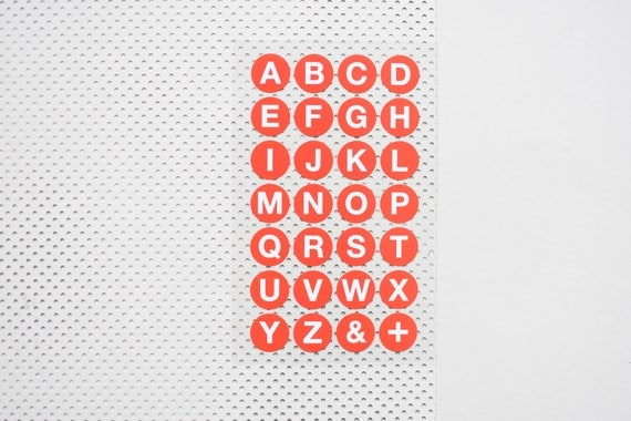 buchstaben aufkleber klebepunkte buchstaben abc sticker. Black Bedroom Furniture Sets. Home Design Ideas