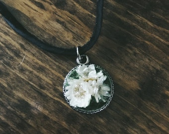 Dried Flower and Resin Choker Necklace