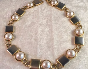 GORGEOUS Faux Pearl / Cabochon Gold Link Choker Necklace by Napier - SO BEAUTIFUL! 80