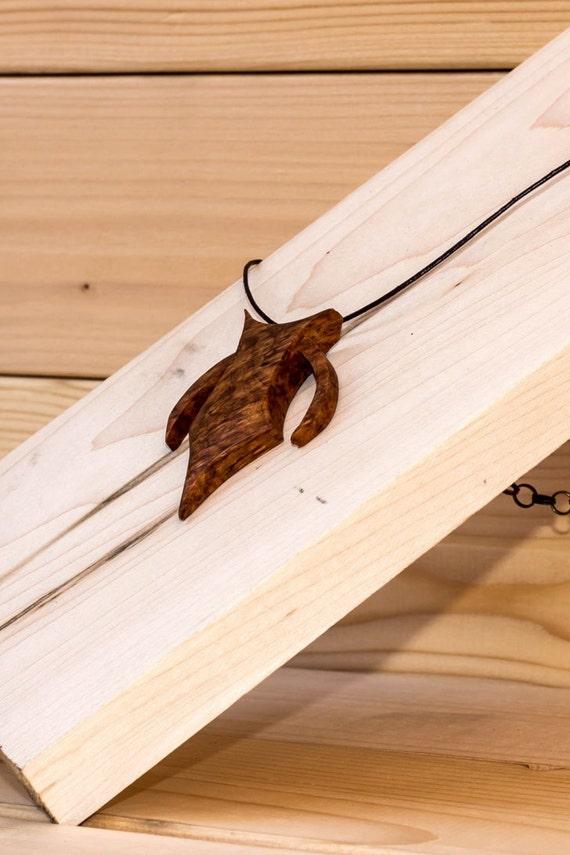 pendentif en loupe d 39 amboine fait au qu bec fait a la. Black Bedroom Furniture Sets. Home Design Ideas