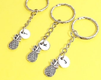 Best friends keychain - set of three, bff charm,3 bff keychain, set of 3 best friend,customized keychain,monogram,initial keychain, bff gift