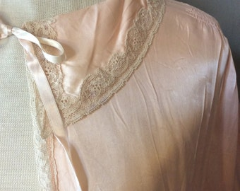 1930s Silk Bed Jacket / 30s Pre-WWII Sleepwear / 1930's Antique Lingerie / 30's True Vintage Pajamas  / 20s 40s Unique Gift Ideas for Her
