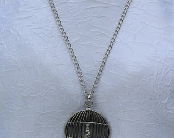 Metal cage necklace