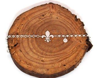 Fleur lys bracelet.Scout gift.Scouting.Fleur de lys charm.Fleur de lys jewelry.Flower jewelry.Flower lover jewelry.Renaissance jewelry.Scout