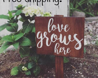 "Garden Sign, ""love grows here"", Wooden Garden Sign, Plant Sign, Rustic Sign, Outdoor Decor, Porch, Outdoor Sign, Garden Decor"